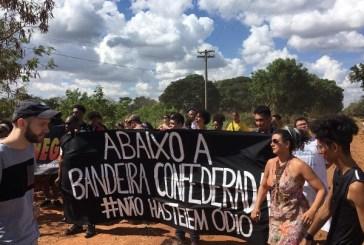 Mais de 100 entidades protestam contra bandeira racista em festa de Santa Bárbara d'Oeste