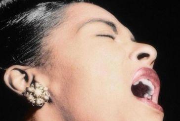 80 anos desde que Billie Holiday chocou os EUA com sua interpretação da canção 'Strange Fruit'