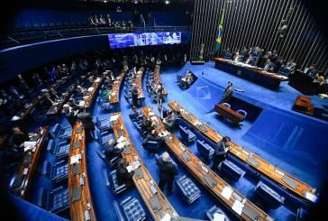 Na surdina comissão de senadores aprova lei para demitir servidores concursados
