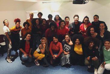Conheça o Indique uma Preta, rede de apoio para mulheres negras
