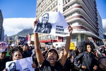 Assassinatos de mulheres na África do Sul causam protestos e impõem pressão ao governo