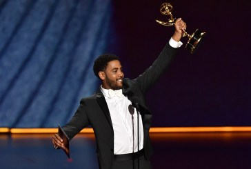 """Jharrel Jerome vence Emmy de Melhor Ator por papel em """"Olhos que Condenam"""""""