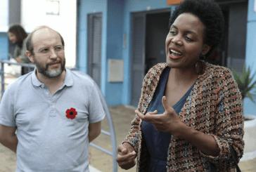 Livre no Parlamento: Joacine promete uma esquerda antifascista, antirracista, feminista radical e verde. E dançou...