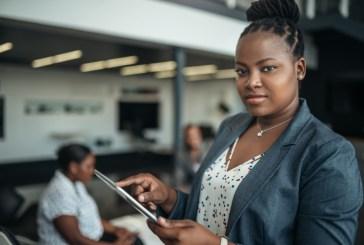 Mulher negra na liderança: racismo impede ascensão nas empresas