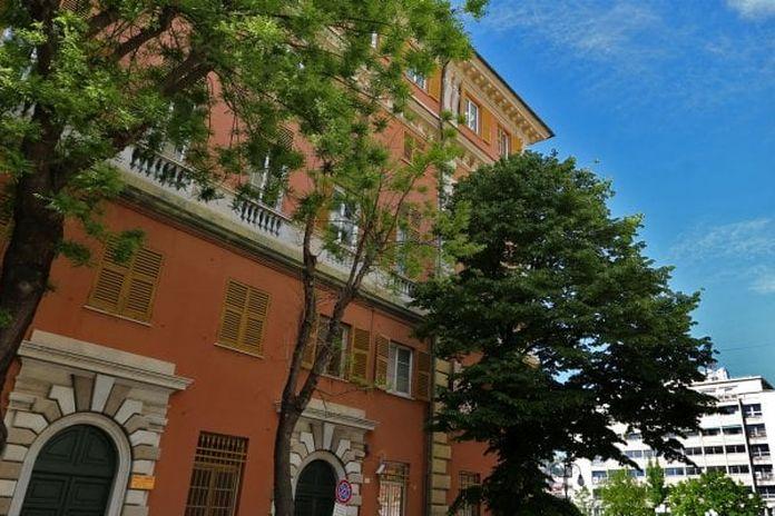 Centocinquantanni Di Storia Sui Banchi Di Scuola Fra Genova