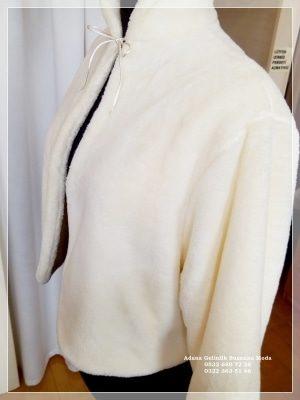 Gelin Ceketi Gelin imitasyon peluş Kürkü hakim yaka uzun kollu ip bağlamalı çift taraflı kullanma özelliği içi dışı yumuşacık peluş polar kumaşımız özel sipariş özel dikim yapılır.