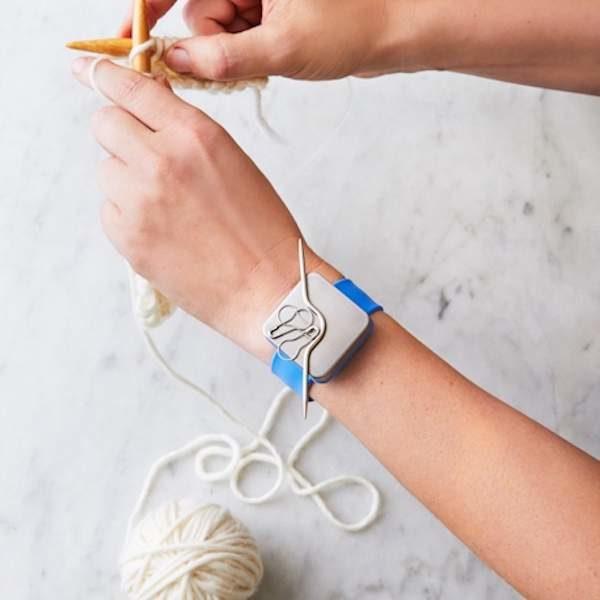 Cocoknits Knitters Keep Kit - Armband