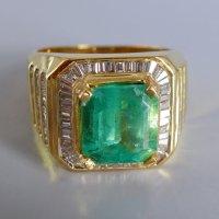 Gem Gardener, emerald pinky ring mens, emerald and diamond mens ring, mens ring singapore, colombian emerald mens ring, vintage mens rings for sale, emerald signet ring mens, emerald ring singapore, vintage emerald gold rings