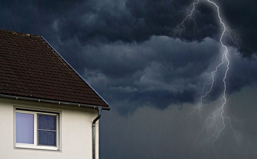House and storm