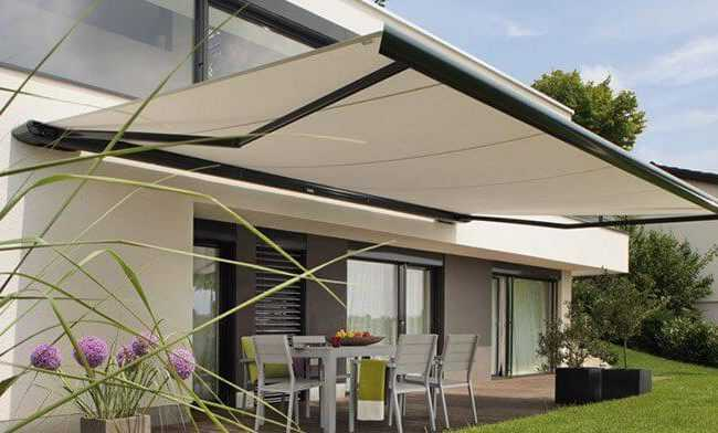 retractable awnings chester