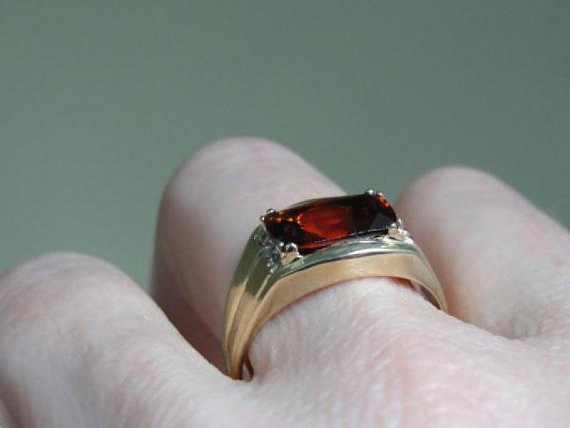 Rare Varieties Of Garnet Gemstone Gomed