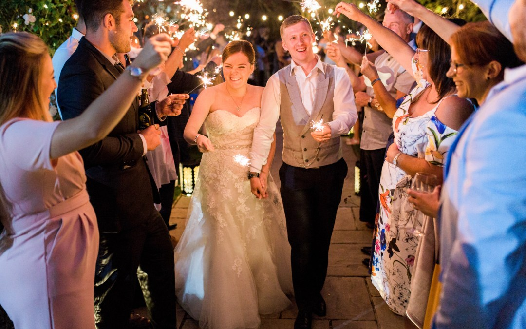 12 tips for wedding sparkler photos