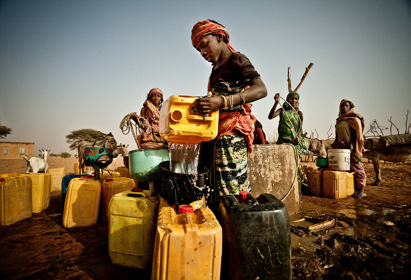 World Water Day women in Sahel collecting water from a well