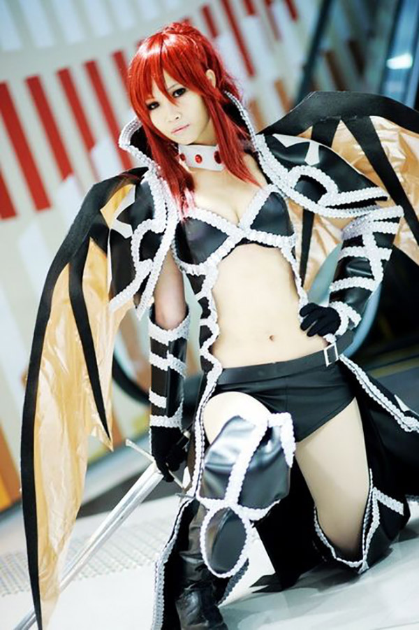 cosplay-erza-scarlet-fairy-tail-4