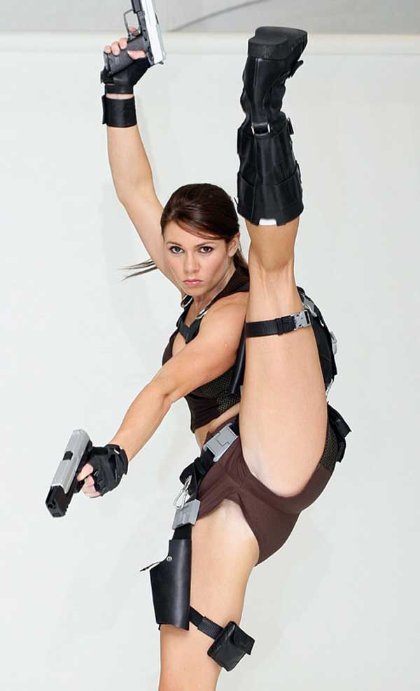 Cosplay-Lara-Croft-11
