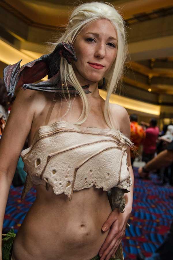 cosplay-Khaleesi-39