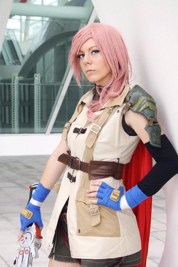 cosplay-lightning-5