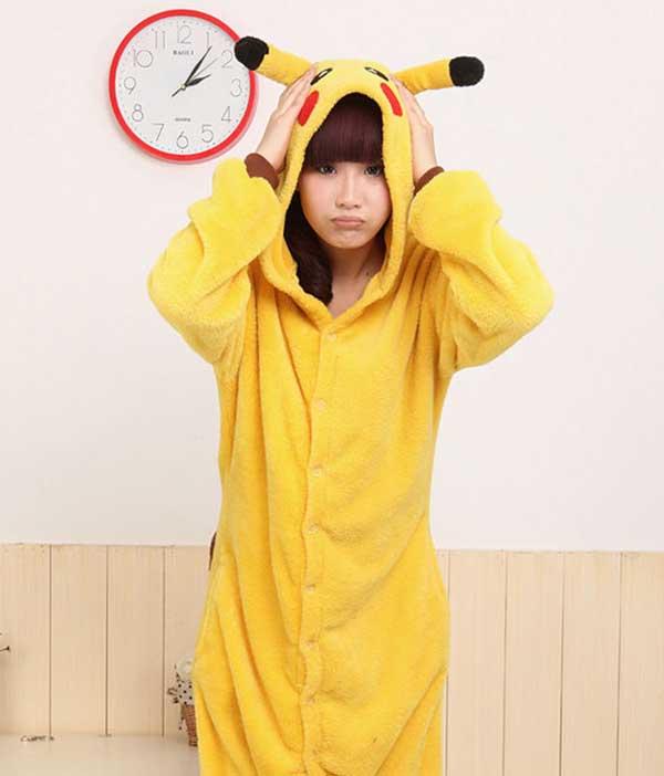 Cosplay-Pikachu-37