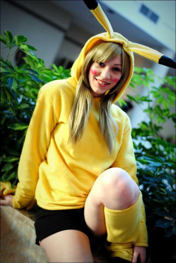 Cosplay-Pikachu-38