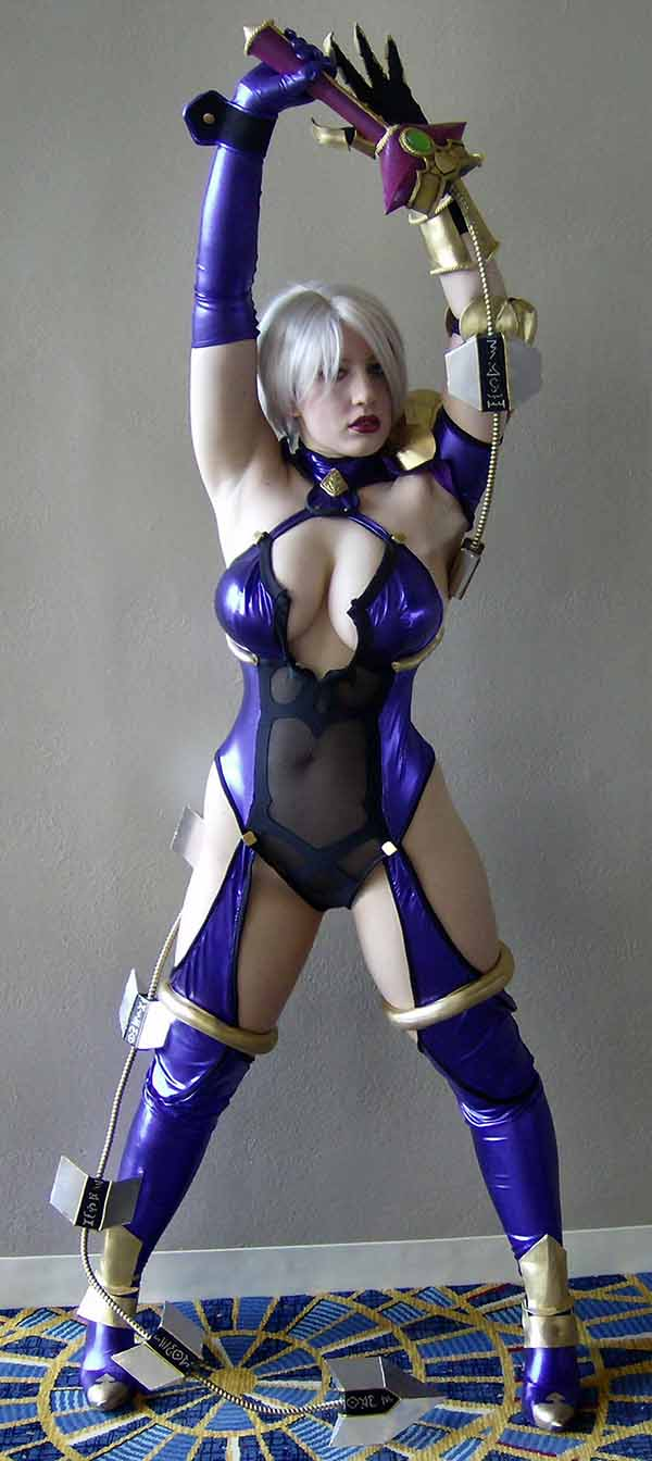 Cosplay-Ivy-35