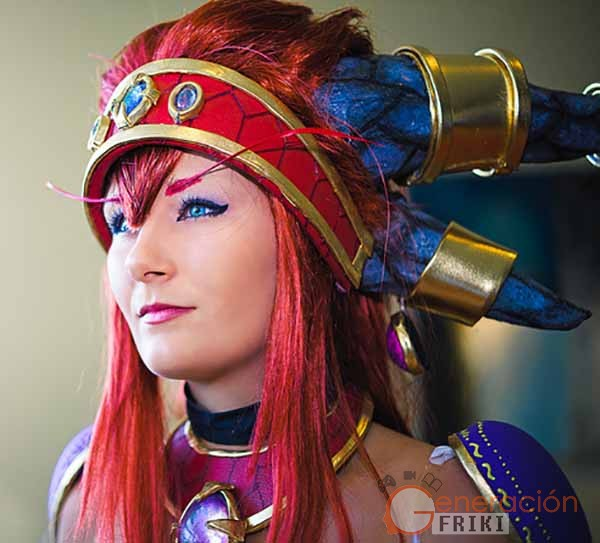Cosplay-Alexstrasza-Wow-34