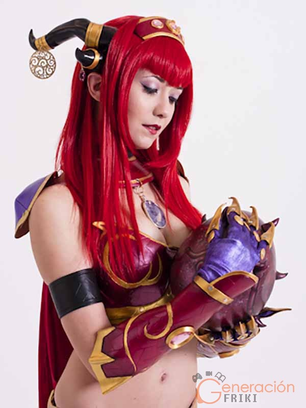 Cosplay-Alexstrasza-Wow-37