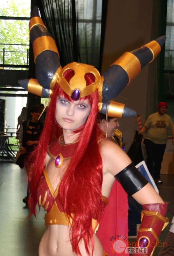 Cosplay-Alexstrasza-Wow-49