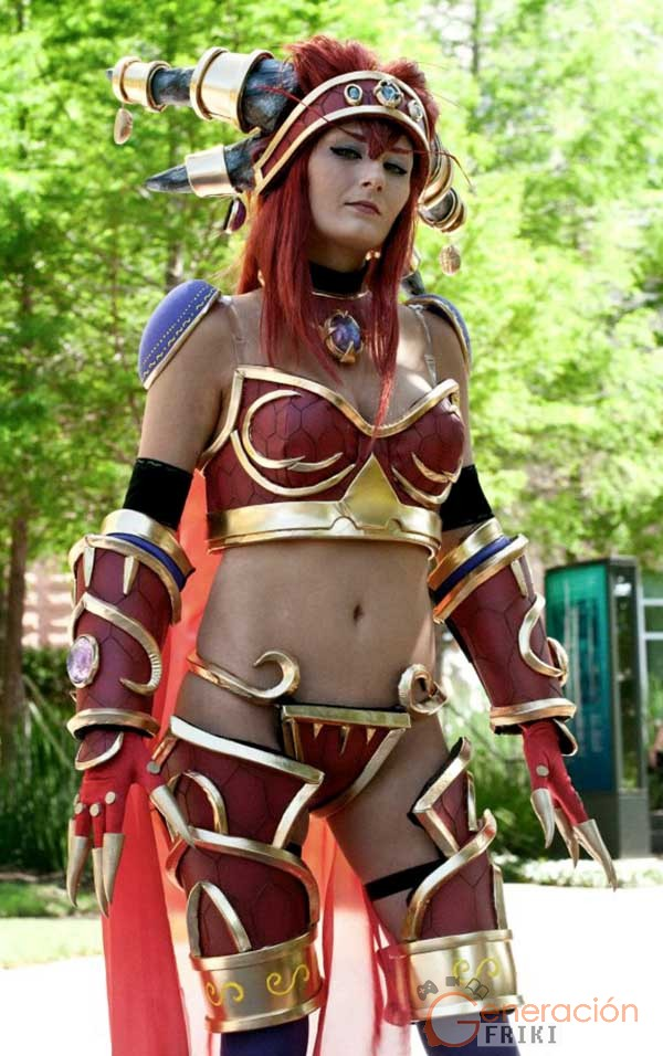 Cosplay-Alexstrasza-Wow-51