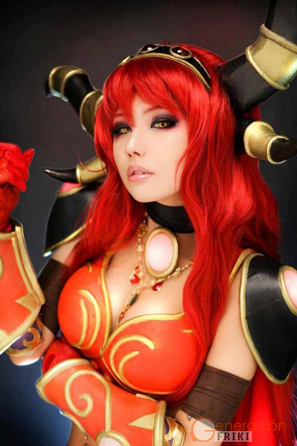 Cosplay-Alexstrasza-Wow-61