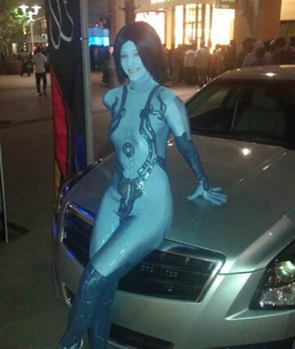 Cosplay-Cortana-Halo-43