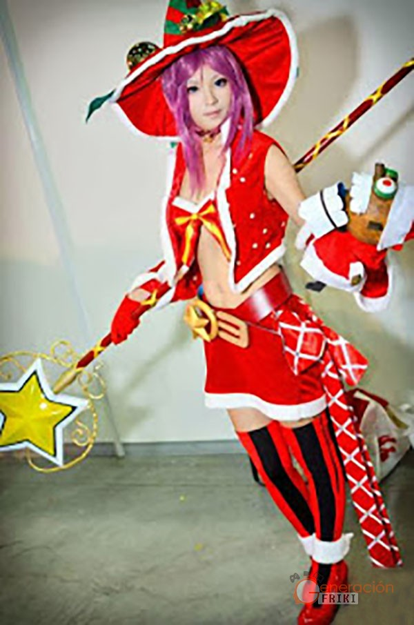 38 Cosplay-Navideño-dragon-nest