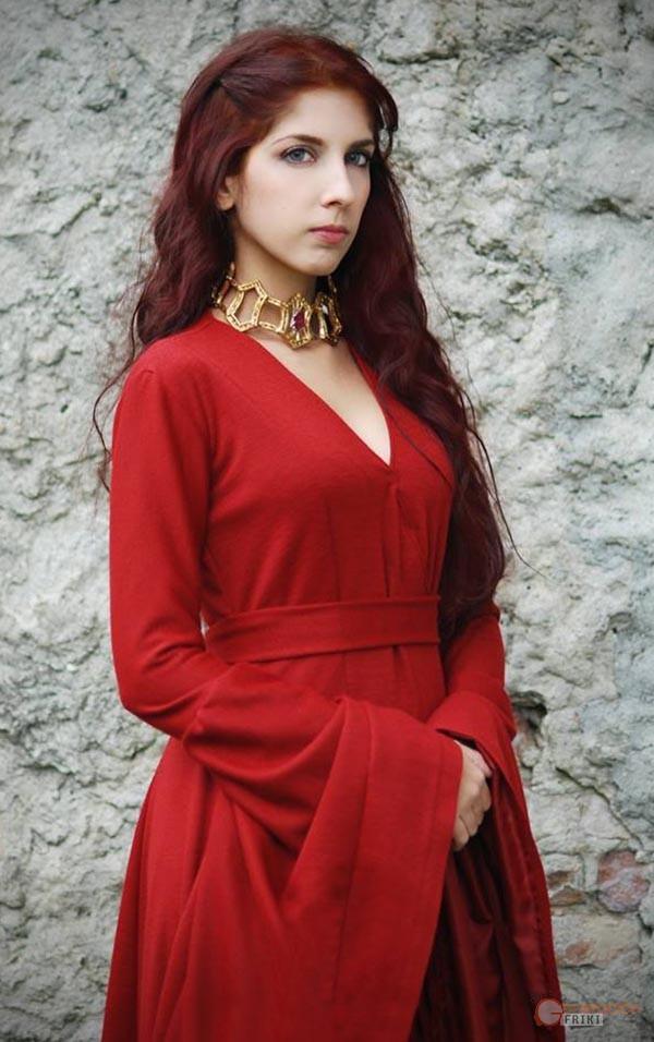 Melisandre-Juego-de-Tronos-4