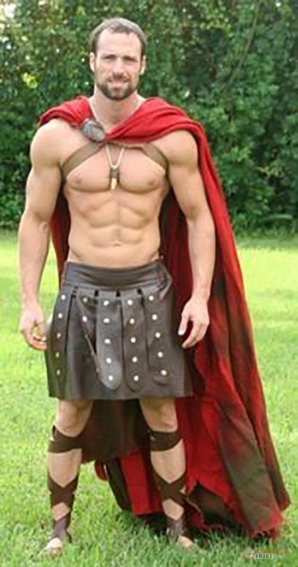 Leonidas-300-4