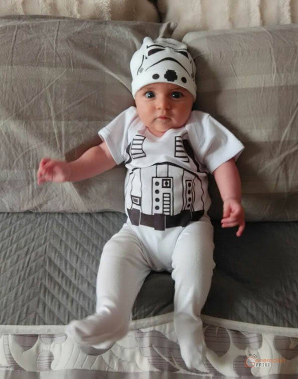 125-Bebe-Stormtrooper-Star-Wars