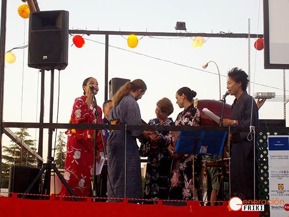 Entrega de premios del concurso Miss y Mister Yukata
