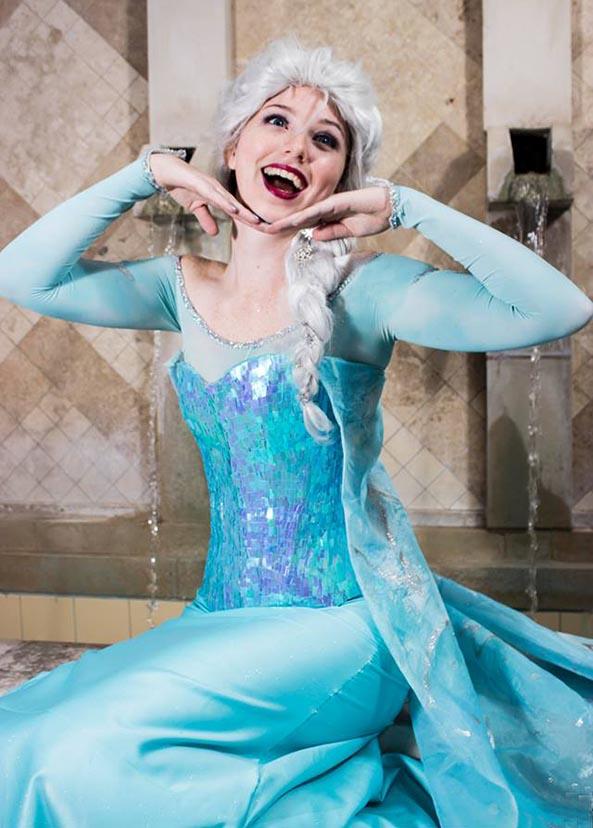 24-Cosplay-Elsa-Frozen