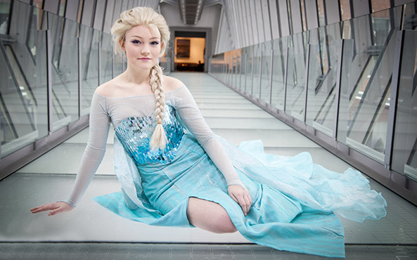 25-Cosplay-Elsa-Frozen