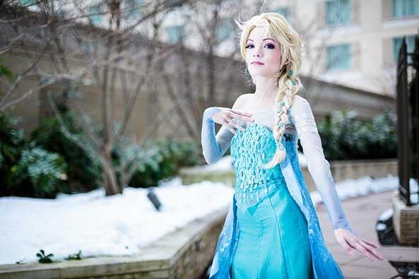 7-Cosplay-Elsa-Frozen