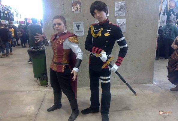 1-Cosplay-Madrid-Otaku-2016-Guren-Ichinose-(Owari-No-Seraph)-Claudia-Auditore-(Assassins-Creed-Brotherhood)