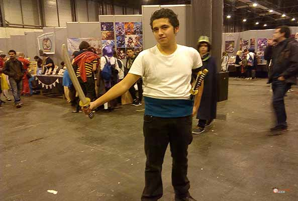 8-Roronoa-Zoro-One-Piece-Japan-Weekend-Cosplay-2016