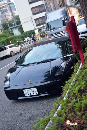 Generacion-Friki-En-Japon-coches-Shibuya-Harajuku-Lamborghini-b