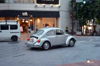 Generacion-Friki-En-Japon-coches-Shibuya-Harajuku-escarabajo-Beatle