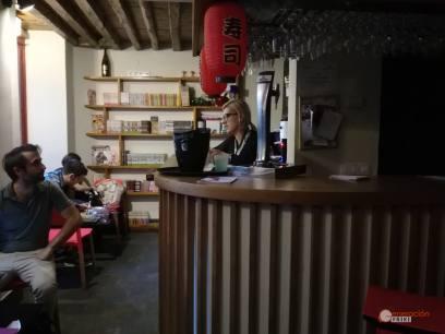 Restaurante-Livin-Japan-Generacion-Friki-Cafeteria-clientes-14