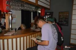 Restaurante-Livin-Japan-Generacion-Friki-Cafeteria-clientes-7