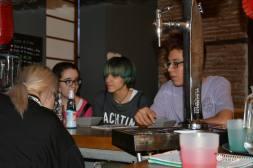Restaurante-Livin-Japan-Generacion-Friki-Cafeteria-clientes-9