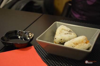 Restaurante-Livin-Japan-Generacion-Friki-Comida-Onigiri-1