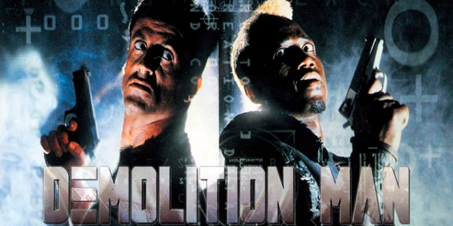 "DEMOLITION MAN: para la generación que gritaba ""Simon dice muere""."