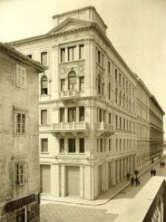 Palazzo Geiringer, Trieste (1909-1912): corner of Via Trento and Via Torrebianca