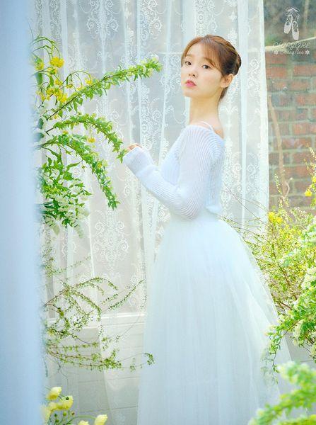 File:Seunghee - The Fifth Season promo.jpg