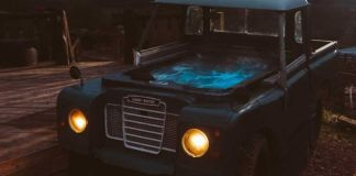land-rover-hot-tub-bluebird-penthouse-caravan Airbnb